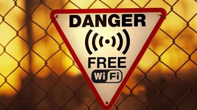 Wi-Fi Gratuit : 9 Dangers Que Vous Devriez Connaître Avant De Vous Connecter.