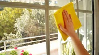 comment-nettoyer-les-vitres-sans-rien-depenser