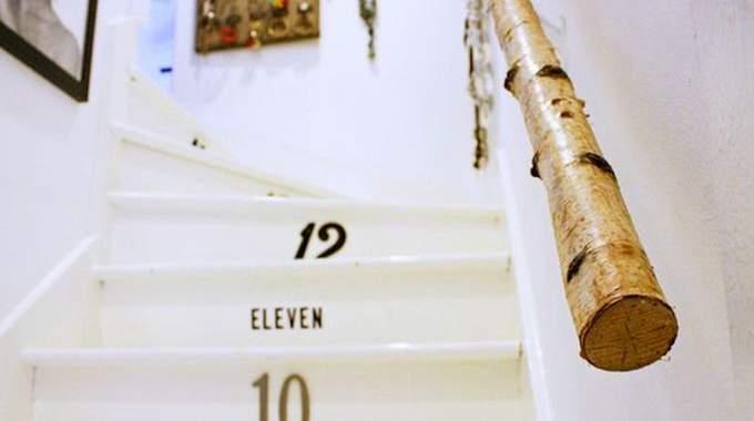 11 superbes rampes d 39 escalier que vous aimeriez bien avoir la maison. Black Bedroom Furniture Sets. Home Design Ideas