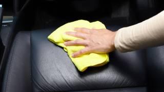 astuces economiques pour entretenir le cuir de la voiture