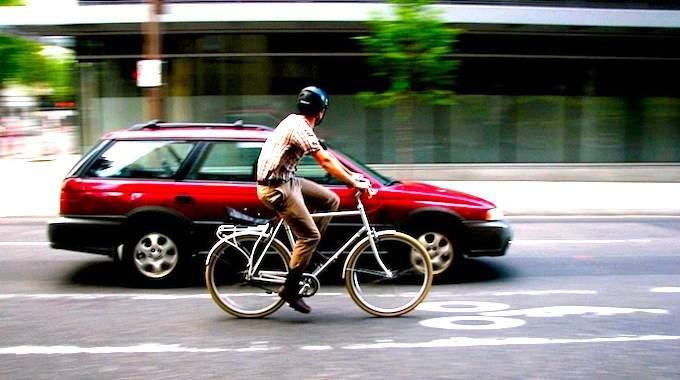 Les 10 Meilleures Raisons d'Aller au Travail à Vélo (Et Faire de Grosses Économies).
