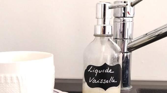 Enfin une Recette De Liquide Vaisselle Fait Maison Super Dégraissant
