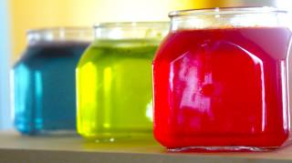 Voici la recette FACILE et NATURELLE pour faire du désodorisant en gel avec des huiles essentielles.