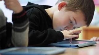 Les risques de la Surexposition Des Enfants Aux Écrans