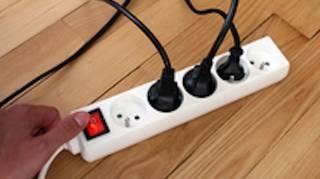 Consommation Électrique : Éteindre les Appareils en Veille.