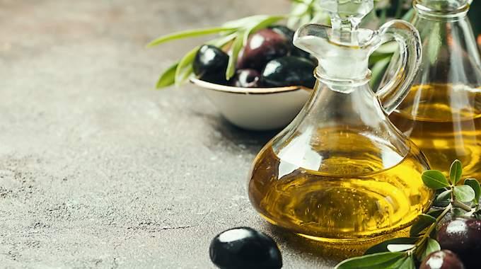 Vos Gencives sont Sensibles ? Un Remède tout Simple à l'Huile d'Olive.