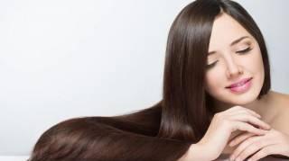 Comment Avoir des Cheveux Brillants Naturellement Sans Dépenser un Euro?