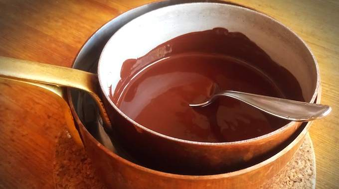 Comment Faire Fondre du Chocolat ? Une Astuce bien Pratique.