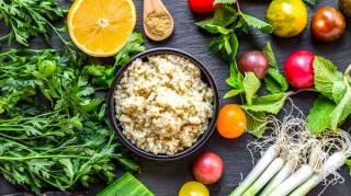 Voici les meilleurs aliments ZÉRO CALORIE pour perdre du poids NATURELLEMENT !