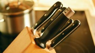 Comment Ranger ses Couteaux de Cuisine Sans Porte-Couteau ?