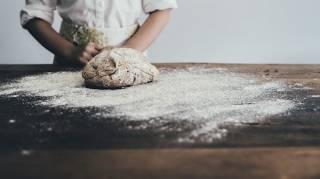 Fabriquer une Pâte à Sel Souple grâce à l'Acide Citrique.