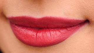 Mon Truc Surprenant pour un Rouge à Lèvres qui Tient Toute la Journée.