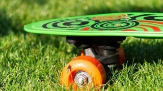 Qui Osera Recycler son Skateboard en Étagère Murale ?