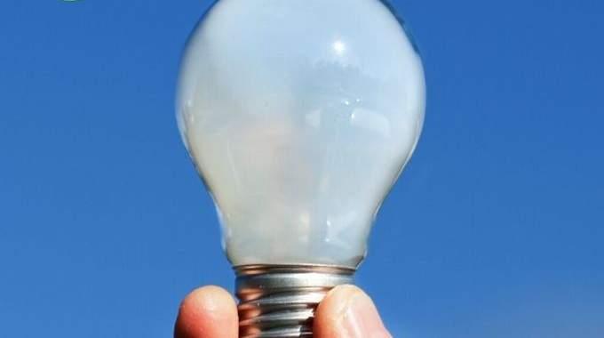 Éclairage Gratuit : Profitez de la Lumière Naturelle pour Lire.
