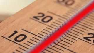 Économiser le chauffage en baissant la température de la maison à 19°C.