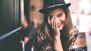Les 20 Choses Que Vous Devriez Arrêter De Faire Pour Être ENFIN Heureux