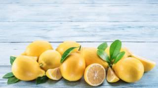 Mon Astuce Originale pour Conserver un Citron Coupé plus longtemps.