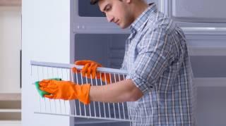 Dégivrer le Réfrigérateur au moins tous les 6 mois.