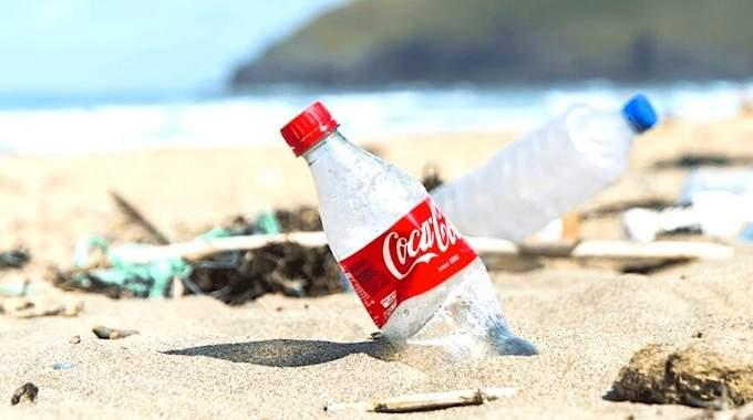 Coca-Cola Est l'Entreprise Qui Fait le Plus de Pollution Plastique Au Monde.