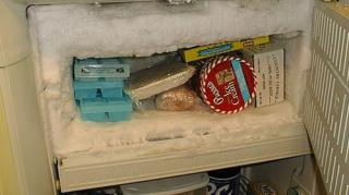 astuce-anti-givre-dans-congelateur