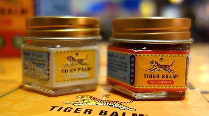 19 utilisations du baume du tigre que personne ne conna t. Black Bedroom Furniture Sets. Home Design Ideas