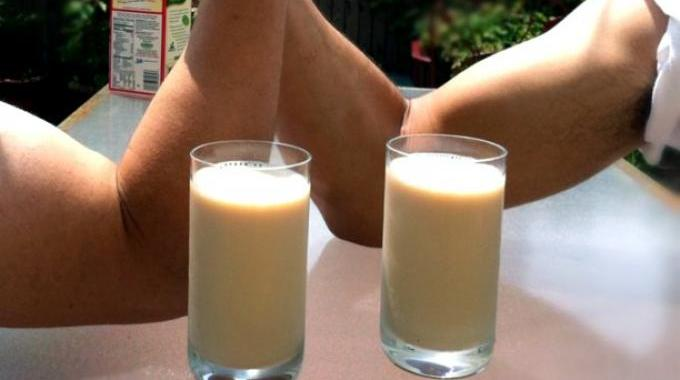 les 6 principaux bienfaits du lait de soja. Black Bedroom Furniture Sets. Home Design Ideas