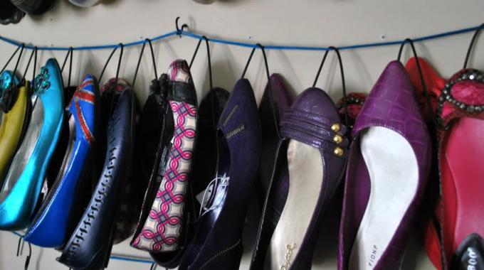Un Rangement DIY Astucieux Pour vos Chaussures Plates.