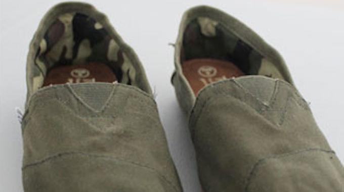 comment impermeabiliser des chaussures en toile. Black Bedroom Furniture Sets. Home Design Ideas