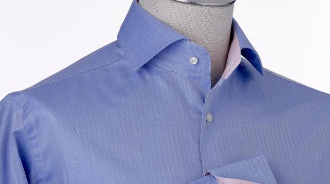 comment d froisser une chemise efficacement sans fer repasser. Black Bedroom Furniture Sets. Home Design Ideas