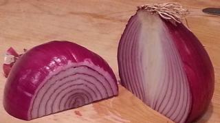 comment-conserver-oignon-coupe