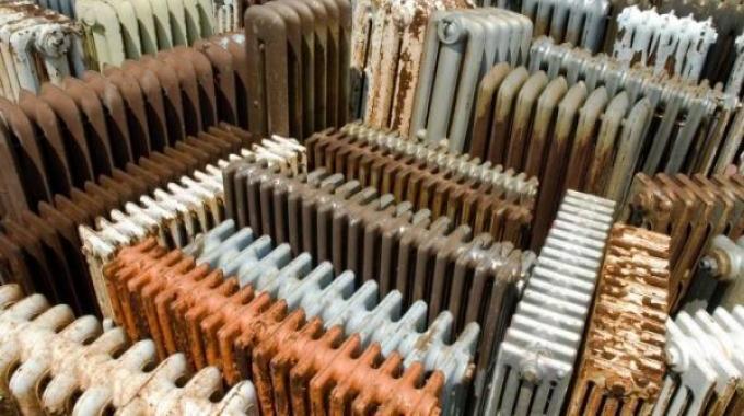 comment consommer moins de chauffage facilement d poussi rez vos radiateurs. Black Bedroom Furniture Sets. Home Design Ideas