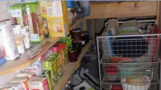 comment-eliminer-odeurs-placards-cuisine