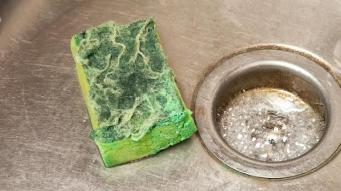 Comment nettoyer et d sinfecter une ponge avec du - Nettoyer un tapis avec du bicarbonate ...