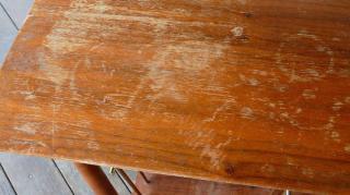 comment réparer meuble rayé