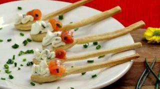 cuillere-saumon-fumee-aperitif