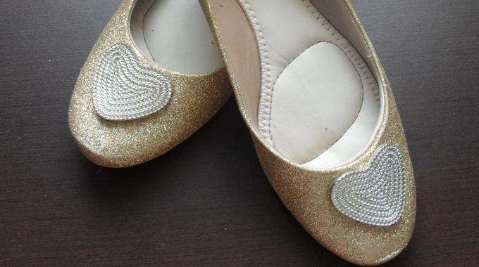 Je Customise mes Chaussures Pour Faire la Fête.