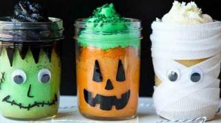 décoration halloween avec pot verre