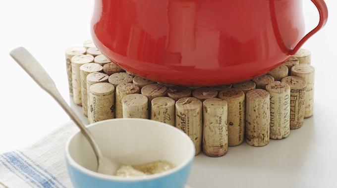Enfin un dessous de plat design 0 que vous allez adorer - Dessous de plat en bouchon ...