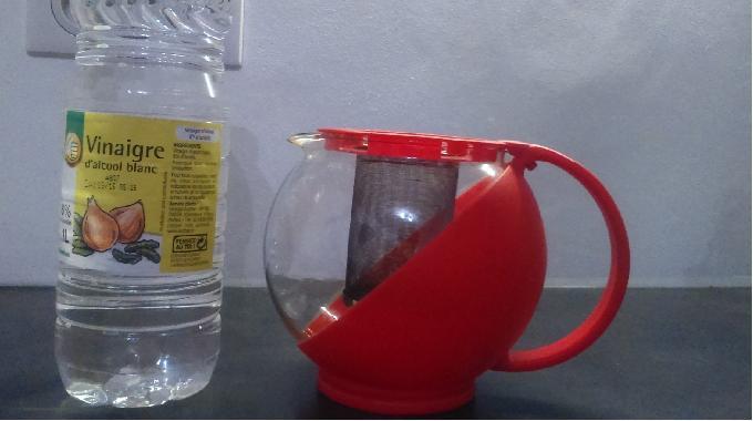 L 39 astuce naturelle et efficace pour d tartrer votre th i re for Astuce pour enlever le calcaire