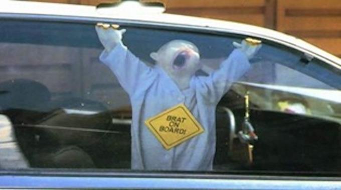Peur que vos enfants se coincent les doigts dans les vitres de la voiture voici l 39 astuce - Doigt coince dans une porte que faire ...