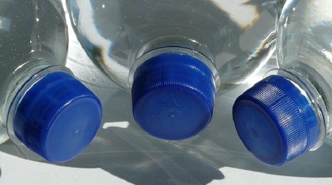 les 10 bienfaits d 39 une eau riche en magn sium. Black Bedroom Furniture Sets. Home Design Ideas