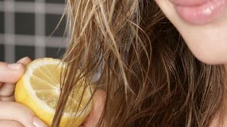 éclaircir cheveux citron naturellement