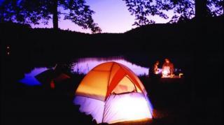 éclairer Dans Une Tente