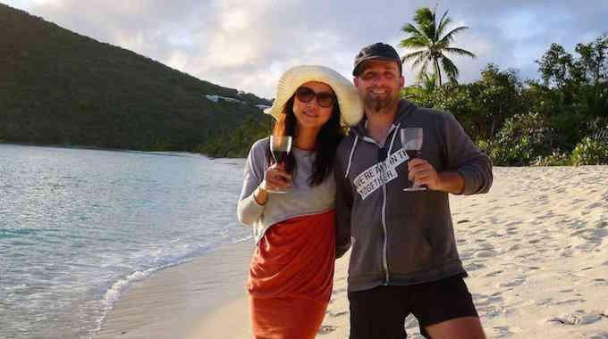Ce Couple de Trentenaires est Parti à la Retraite avec des Millions ! Voici Leur Secret.