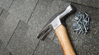 eviter les outils glissent toit