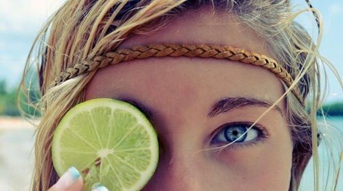 L 39 astuce pour ne plus jamais se mettre de citron dans l for Comment entretenir le marbre astuces