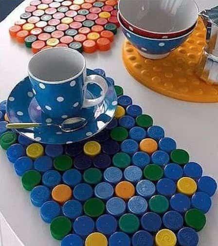 set de table polypropylene 51 fa ons amusantes de recycler les bouchons de bouteille