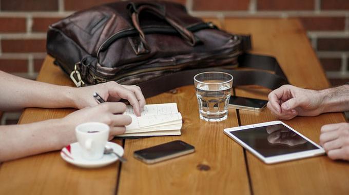 Batterie iPhone : Videz-la Entièrement 1 Fois Mois pour Gagner en Durée de Vie.