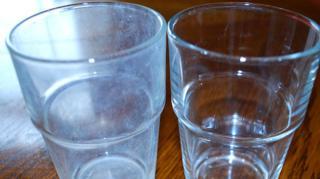 Lave-Vaisselle Laisse Traces Blanches Verres