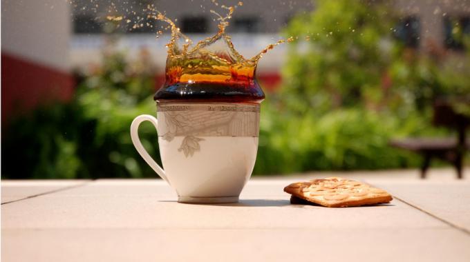9 utilisations l gendaires du marc de caf pour les filles coquettes - Marc de cafe orchidee ...